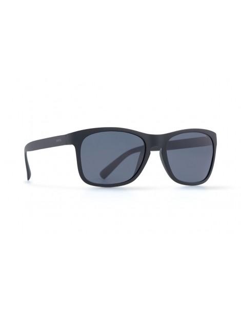 Occhiali da sole Invu. modello Trendy T2812B colore nero opaco