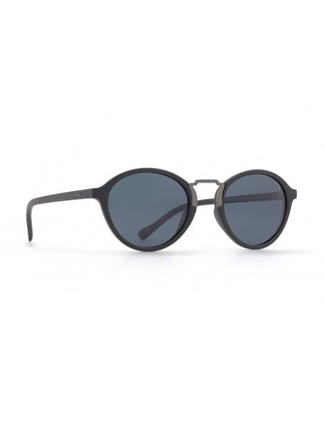 Occhiali da sole Invu. modello Trendy T2815A colore nero