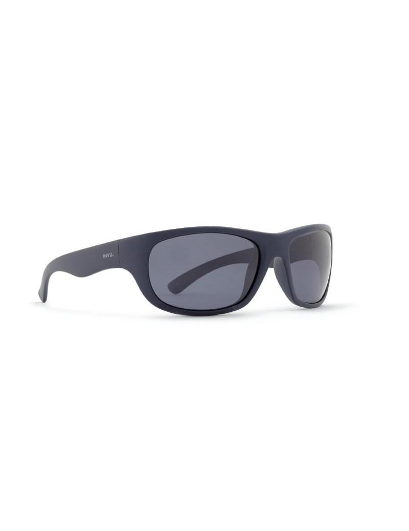 Occhiali da sole Invu. modello A2711B colore blu navy opaco
